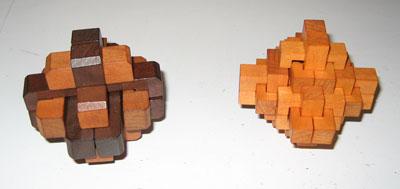 A gauche: Uranie, à droite: Hestia