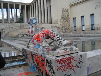Graffitis Palais de Tokyo