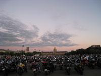 L'esplanades des Invalides envahie par les motos